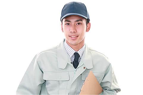 イメージ写真 依頼を受けた男性買取屋さんスタッフが査定に伺う様子のイメージ写真